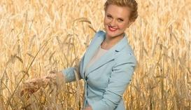 Оксана Крижанівська, партер юридичної компанії Alexandrov & Partners, голова комісії з питань інвестицій ICC Ukraine, член громадського комітету при Антимонопольному комітеті України