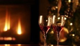 Новий 2017-й рік варто зустріти з українським вином, щоб підтримати вітчизняних виноробів