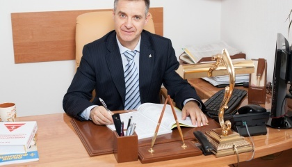 Директор Інституту обліку і фінансів НААН України, академік НААН Валерій Жук