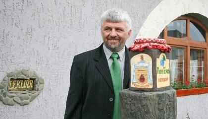 На украинском и европейском рынке эко-продукции П. Тизеш известный благодаря большому продовольственному ассортименту, в основе которого экологически чистые ягоды и фрукты лесов и садов Закарпатья