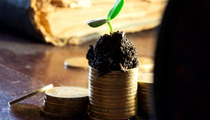 Територіальні управління Держгеокадастру найближчим часом ініціюватимуть збільшення розміру річної орендної плати за договорами оренди як мінімум до 8% від нормативної грошової оцінки земель, а то й до 12%