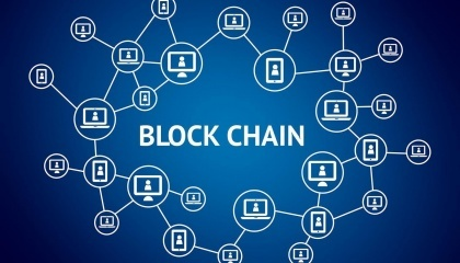 Особенность системы состоит в том, что она способна в реальном времени записывать и отслеживать любые транзакции во всех сферах применения