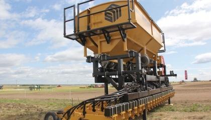 Автономная платформа DOT для обработки и ухода за полем готова к посеву полей уже в следующем сезоне
