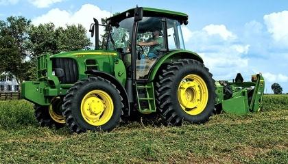 Лицензионное соглашение John Deere, которое стало обязательным к подписанию с октября прошлого года, вводит запрет на почти весь ремонт и модификацию сельхозоборудования. Кроме того, оно запрещает фермерам подавать в суд на производителя