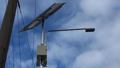 У Дніпрі для підсвічування пішохідних переходів встановлюють системи, що працюють на сонячних батареях