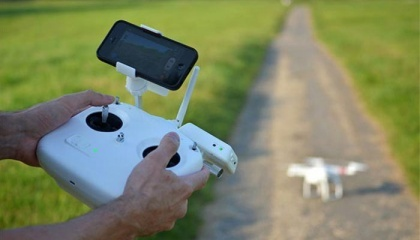 Многие фермеры попали в ловушку, желая использовать дрон, потому что это современная и привлекательная технология. Но ценность его использования была значительно переоценена поставщиками услуг, которые ничего не понимают в сельском хозяйстве