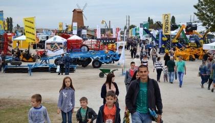 V Международная агропромышленная выставка с полевой демонстрацией техники AGROEXPO-2017 (с 20 по 23 сентября) прошла на рекордной для Украины площади - более 119 тыс. м2