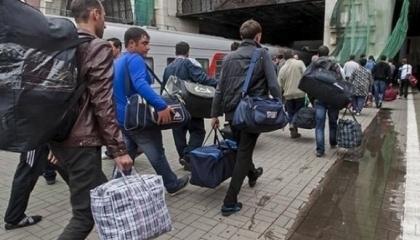 Согласно официальным данным, польские работодатели в первой половине текущего года оформили почти 950 тыс. заявок о намерении трудоустройства иностранного персонала. Запрос на работников из Украины увеличился на 50% по сравнению с 2016 годом