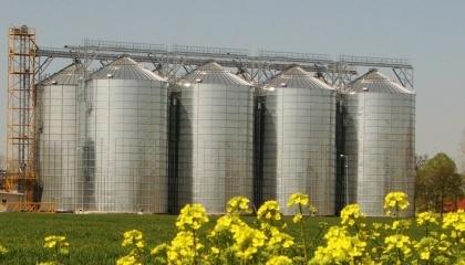 В ближайшие 10 лет в строительство новых зернохранилищ наши аграрии вложат минимум $12 млрд