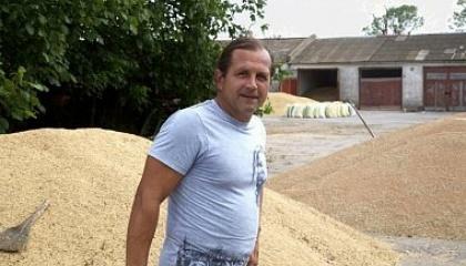 У ФСБ заявили, що на даху будинку, де живе В.Балух, нібито було виявлено 90 патронів і кілька тротилових шашок