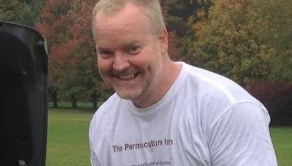 Американський фермер Джей Лавер став зіркою Facebook завдяки танцю перед козами