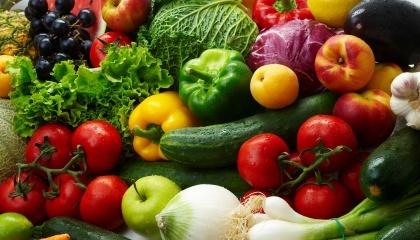 Плодоводи Латвії відзначають, що в цьому році через холодну весну врожай ягід і фруктів менший, ніж в інші роки, а ціни значно вищі