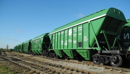 В сентябре более 3 тыс. зерновозов клиенты использовали нерационально - Укрзализныця