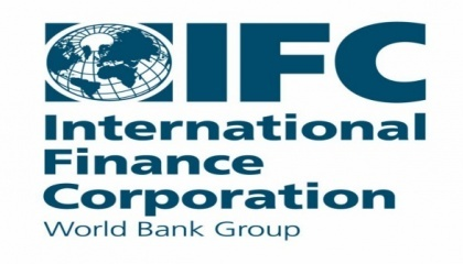В Україні цими великими фінансово-промисловими групами монополізовані цілі сектори економіки. Це вкрай негативно позначається на розвитку ринку