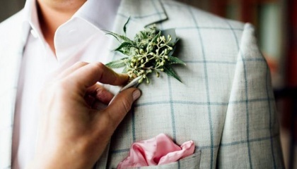 «Каннабисные» свадьбы пользуются большим спросом, что привело к созданию целого ряда бизнесов, занимающихся организацией таких мероприятий