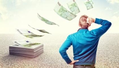 Кредитна підтримка від банків за доступною ціною, враховуючи прогнози експертів щодо зниження прибутковості / рентабельності агросектора до 2022 року, була би вкрай корисною та необхідною