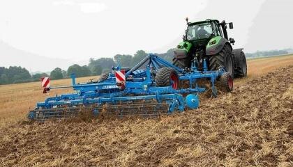 Наряду с севом, очень важное значение имеет предпосевная подготовка почвы. В результате разрыхляется верхний слой, что закладывает основу для быстрого прорастания семян и дружных всходов