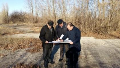 У м. Лозова Харківської області планують збудувати сонячну електростанцію потужністю 2 МВт до середини наступного року. Зараз вибирають ділянку