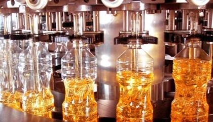 """Известно о планах двух компаний - """"Агролиги"""" и """"Нежинский жиркомбинат"""" - запустить по одному масло-экстракционному заводу, с заявленной мощностью 10 тыс. т/месяц и 1 тыс. т/сутки соответственно"""