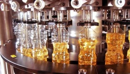 Часть  украинских перерабатывающих предприятий подсолнечного масла после летних профилактических работ на предприятиях провела мощную модернизацию и повысила суточную производительность своих компаний