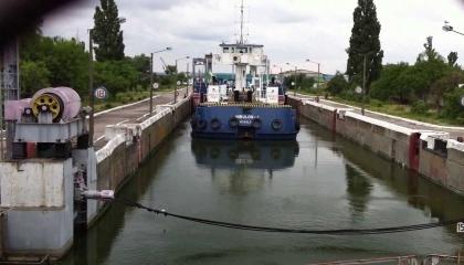 Врятувати ситуацію з річковим транспортом України може відкриття річкових акваторій України для судів під іноземними прапорами, - Р.Семенуха