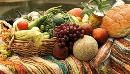 Органічні овочі та фрукти завойовують все більше шанувальників по всьому світу. З розвитком технологій їх виробництва і падінням цін у найближче десятиліття вони перетворяться в звичайну продукцію на полицях магазинів