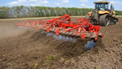 Обработка земли - это важнейшая составляющая получения хорошего урожая