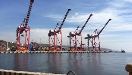 В ближайшие годы в развитии портов главную роль будет играть не размер тарифов и сборов, а инфраструктура. Только так можно обеспечить развитие нынешним инвесторам
