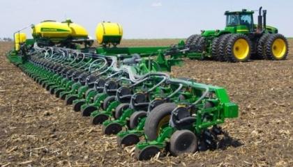 На урожайність найвідчутніше впливає три основних фактори: обробіток ґрунту, передпосівна обробка насіння і строки сівби озимих культур