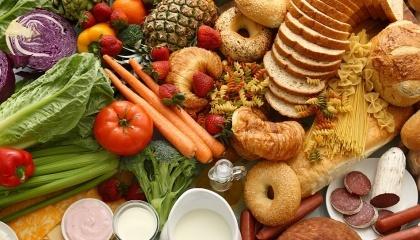 Буде все більше спроб монополізувати ринки виробництва: хліба, кондитерських виробів, ще якихось продуктів