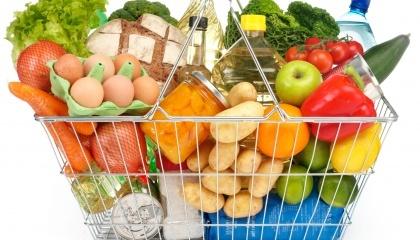 За рік споживчий кошик українців подорожчала більш, ніж на 15%. Зараз його вартість вже дорівнює майже 3 250 грн