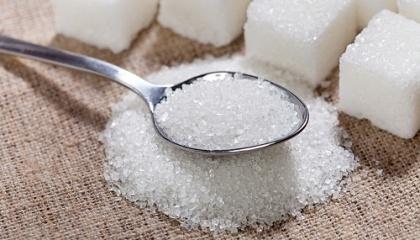 В Україні встановлять мінімальні ціни на білий цукор в розмірі 9172,57 грн / т, а на цукровий буряк - 633,10 грн / т. За рішенням КМУ держрегулювання цін на цукор повертається з 1 вересня 2017 року