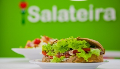 У ресторанів є складнощі з закупівлею якісних продуктів. Головна проблема для закладу, який робить ставку на салати, - це сезонність