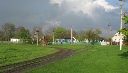 Законопроектом предлагается, что в случае передачи в аренду земельных участков арендатор обязывается заключить с органом местного самоуправления соглашение, согласно которому он будет вкладывать инвестиции в развитие соответствующей территориальной громады