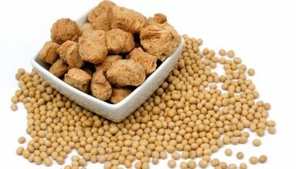 М'ясо в раціоні споживачів може замінити соя, яка багата на протеїни і вирощування якої спричиняє зовсім невеликі викиди вуглекислого газу в атмосферу