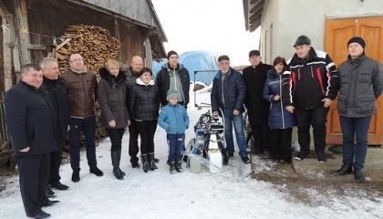 Обе молочные фермы созданы молодыми семьями - Илык Кристины и Илык Марии