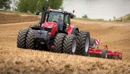 Сегодня в Украине главным запросом потребителей сельхозтехники является технологичность, что позволяет максимально повысить эффективность работы с минимальными затратами топлива, времени и средств