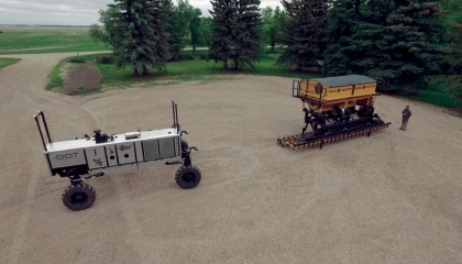 Предприниматель Норберт Божот нашел способ полностью избавиться от трактора