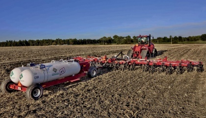 Дефицит удобрений снижает урожайность сои почти на 30%. То есть, по меньшей мере треть урожая получается за счет правильного внесения удобрений