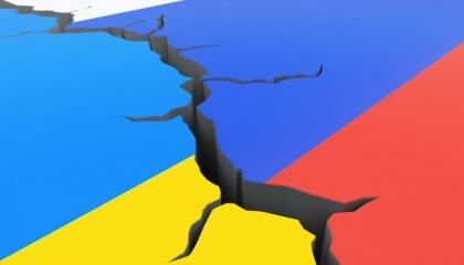 Лидер Радикальной партии Олег Ляшко и еще 10 депутатов от этой политической силы предлагают запускать рынок сельскохозяйственной земли в Украине через три года после восстановления территориальной целостности государства, то есть возвращения Крыма и реинтеграции Донбасса