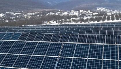 В Ужгородському районі Закарпатської області встановлено та введено в експлуатацію нову сонячну електростанцію «Гута-2» потужністю 3,5 МВт