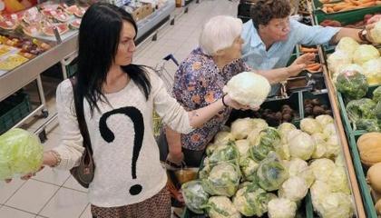 Из 23 продуктов социальной корзины в течение этого года подорожали 13-14 позиций. Стоимость продуктов питания в Украине постепенно выравнивается с европейскими
