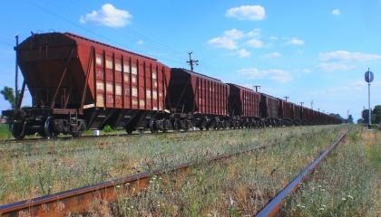 За роки незалежності держава не збудувала жодного вагона-зерновоза.  А ті, що є - старі, у незадовільному стані