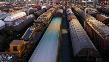 Министерство инфраструктуры Украины предлагает с февраля 2017 года повысить тарифы на железнодорожные грузоперевозки в пределах страны на 25%