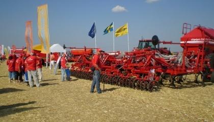 Сейчас в компании работают над увеличением реализации своей техники на европейском рынке, создают новые образцы машин, которые наиболее подходят для условий фермерских хозяйств