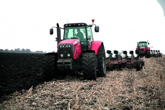 Риски при переходе к минимальной обработке почвы фото, иллюстрация