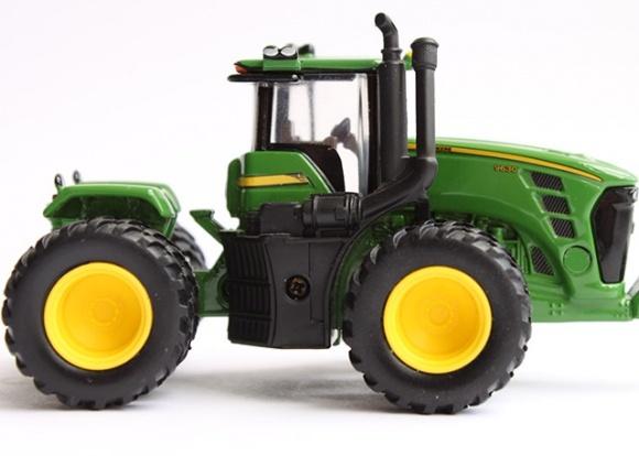 Експерт-тест: тракторна  четвірка фото, ілюстрація