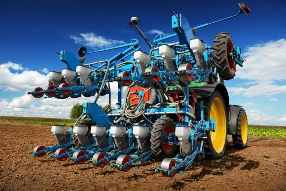 Використання роботів  у сільському господарстві фото, ілюстрація
