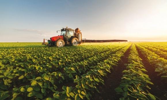 Продукты Agro-Chemie Kft для защиты растений производящиеся со столетним опытом фото, иллюстрация