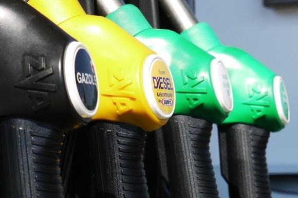 Что изменится для сельхозпроизводителей после вступления в силу новых правил оборота нефтепродуктов? фото, иллюстрация